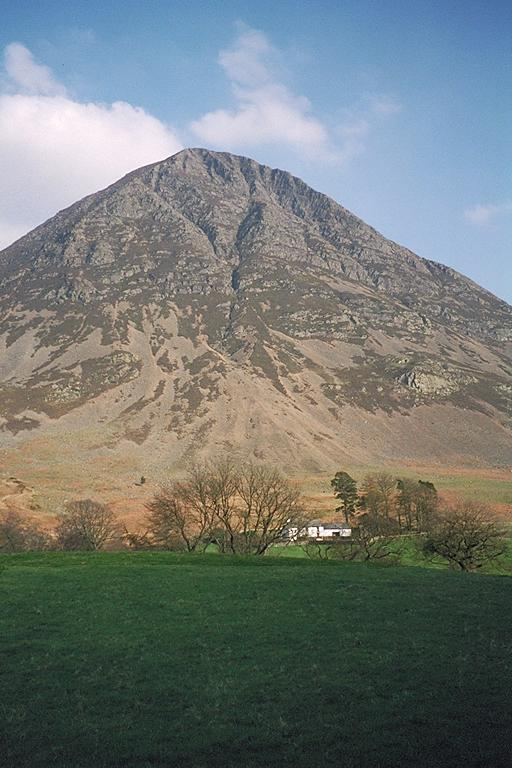 Grasmoor from Lanthwaite Green